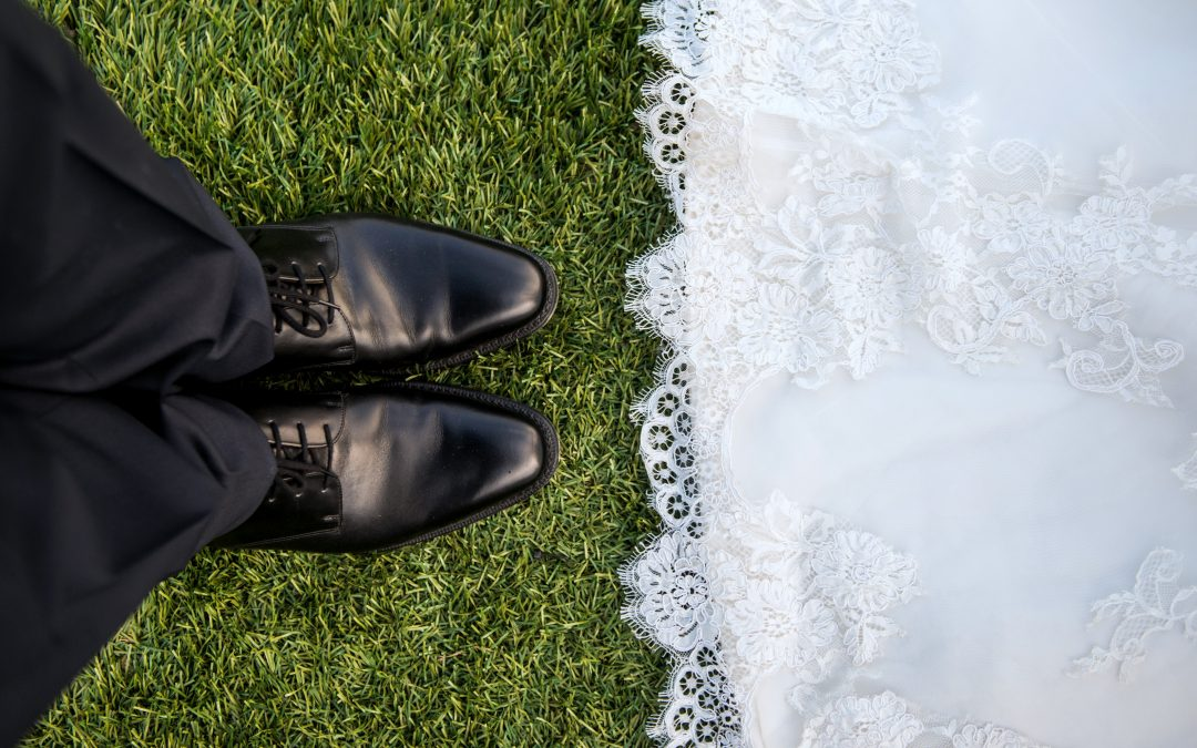 4 money savings ideas to plan the perfect wedding — without debt